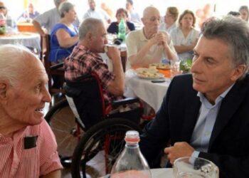 Macri prevé restringir acceso a Pensión Universal para jubilados en Argentina