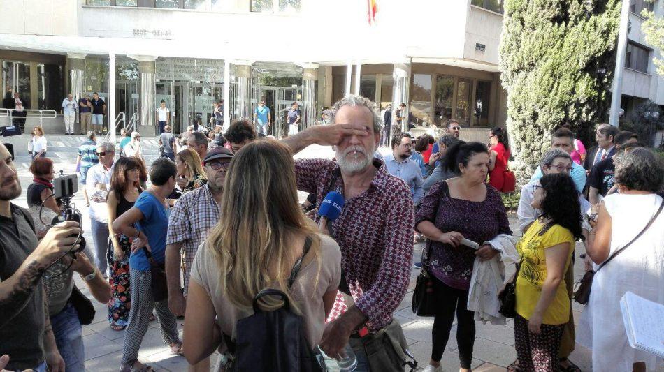 Willy Toledo en libertad provisional a la espera de la decisión del juzgado de instrucción