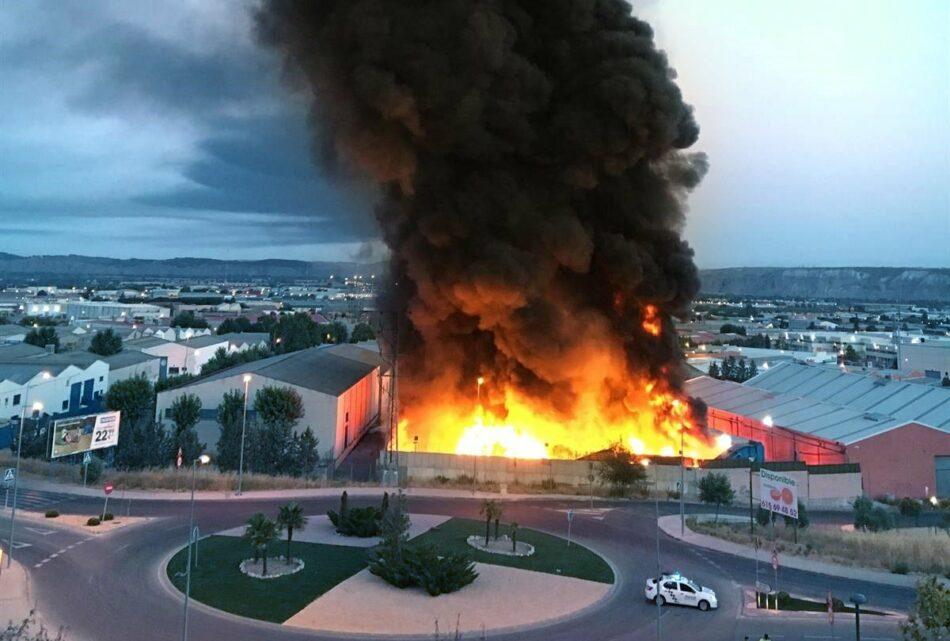 La Fiscalía pone medidas para atajar los numerosos incendios en plantas de reciclaje