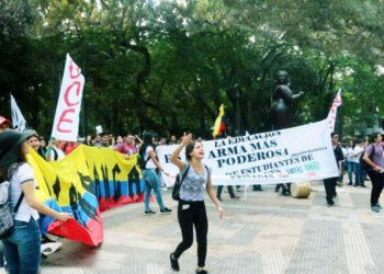 Colombia. Matan a líderes sociales que se oponen al saqueo de los bienes comunes