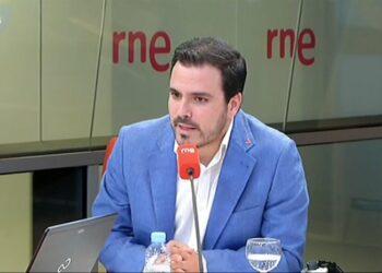 """Alberto Garzón avisa de que rebajar el objetivo de déficit """"pondría en cuestión algunos de los avances"""" logrados con el acuerdo presupuestario entre Unidos Podemos y el Gobierno para 2019"""