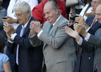 PSOE, PP y C's tumban de nuevo en la Mesa del Congreso el segundo intento de abrir una comisión de investigación sobre Juan Carlos de Borbón, esta vez desde que es rey emérito