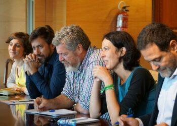 Unidos Podemos se reúne con el Gobierno para impulsar la Ley de cambio climático