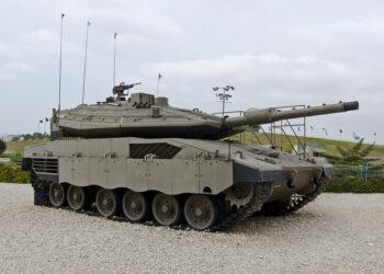 España ejerce de intermediario en una gran venta de armamento de Israel a Arabia Saudí
