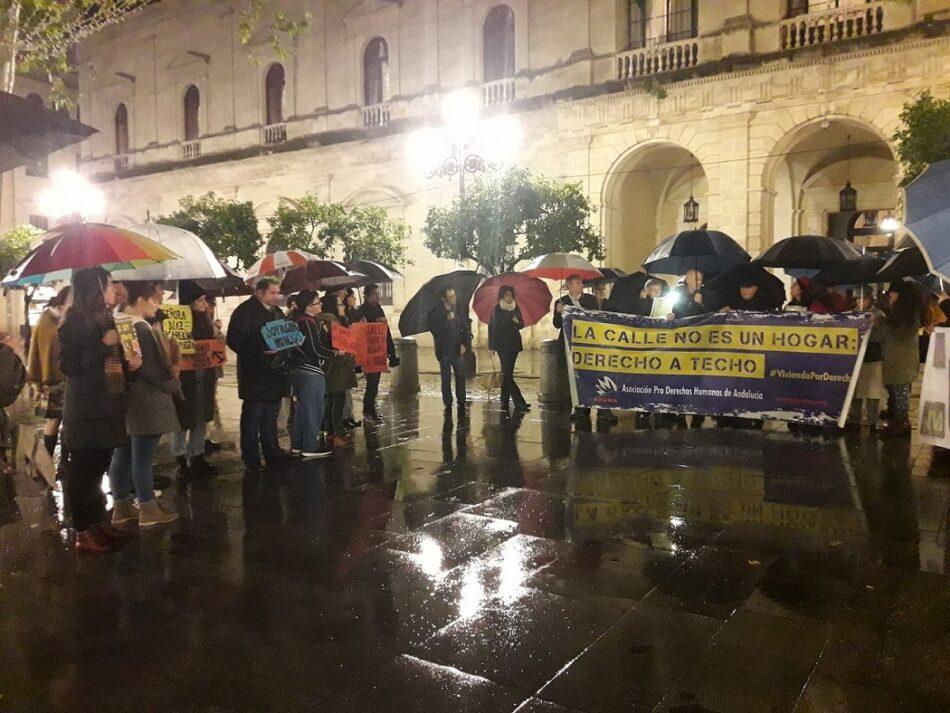 APDHA: «el Ayuntamiento de Sevilla se engaña a sí mismo en relación a las Personas Sin Hogar y sigue dando la espalda a la población más vulnerable»