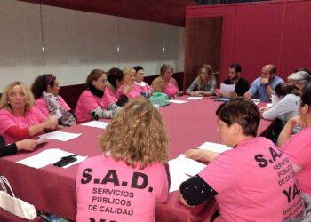 IU Sevilla reclama que se reconozcan las enfermedades laborales a las trabajadoras de ayuda a domicilio