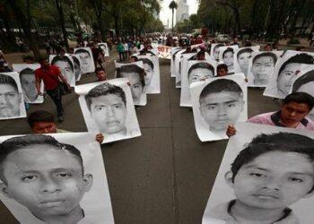 Informe sobre los 43 de Ayotzinapa confirma violaciones a DD.HH.