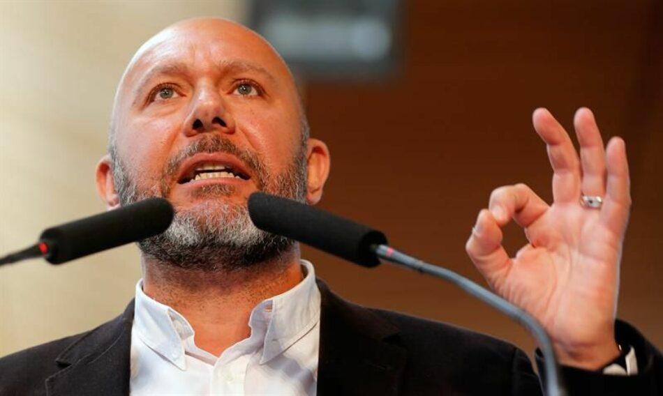 """Sixto muestra la """"satisfacción de IU"""" por el acuerdo en el Congreso para aprobar en diciembre tras cinco años de retraso la reforma del Estatuto valenciano"""