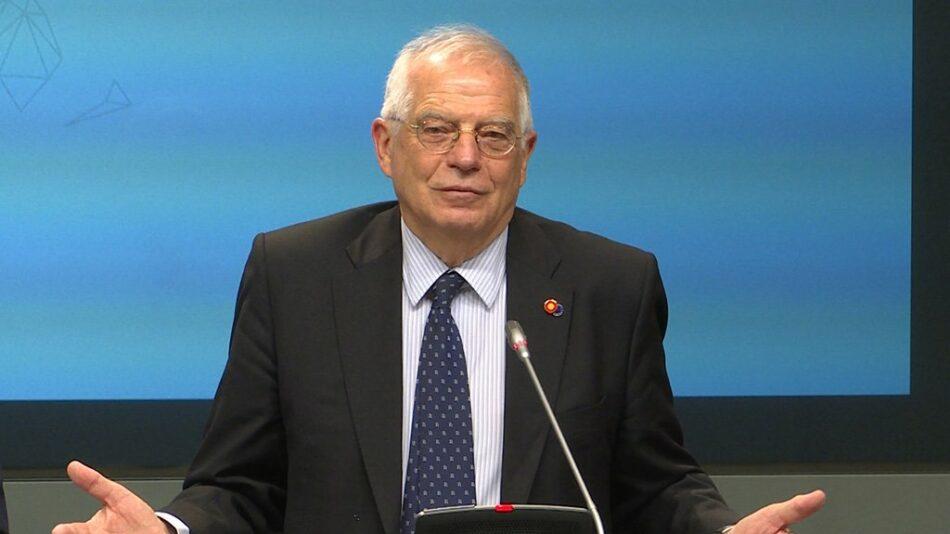 """Alberto Garzón registra una iniciativa para que el Gobierno de Sánchez se pronuncie oficialmente sobre si """"piensa mantener en el cargo de ministro al señor Borrell"""""""