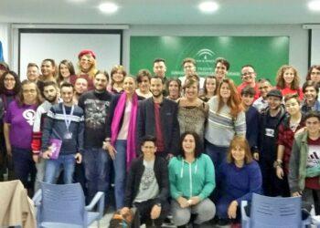 Más de 100 jóvenes trans de Andalucía se han dado cita en Sevilla para abordar temas relacionados con la salud, la educación y el acceso al mercado laboral