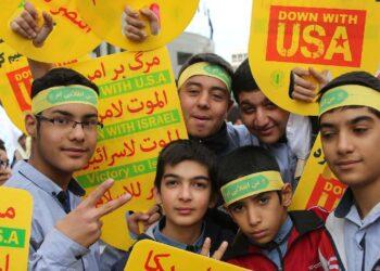 Movilizaciones masivas en Irán en rechazo a las sanciones de EEUU