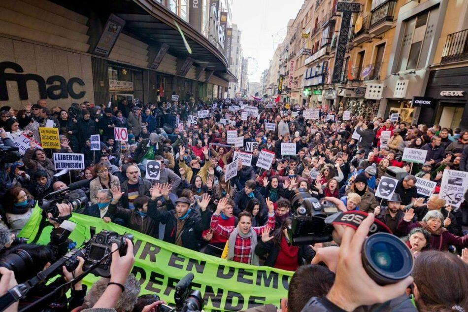 El Consejo de Europa insta al Parlamento Español a garantizar la libertad de expresión en la reforma de la «Ley Mordaza»