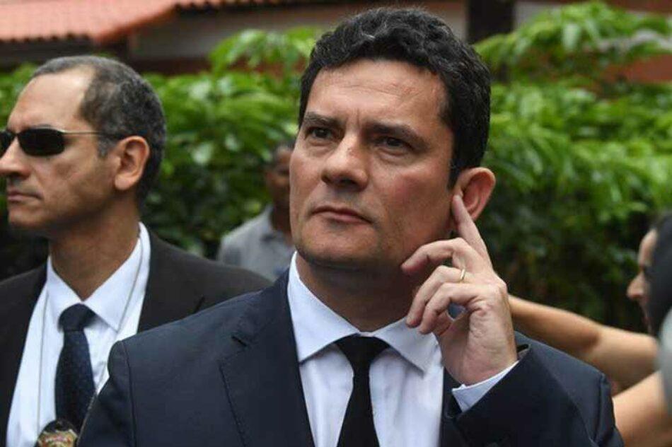 Critican elección de Sergio Moro, el juez que encarceló a Lula da Silva, como ministro de Justicia brasileña