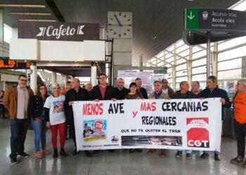 CGT solicita al Ministro de Fomento potenciar los trenes de Cercanías y Media Distancia