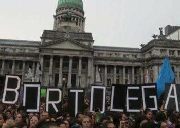 Presentarán nuevo proyecto para legalizar aborto en Argentina