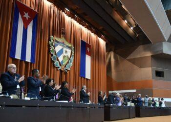 La Asamblea Nacional de Cuba aprueba la nueva Constitución