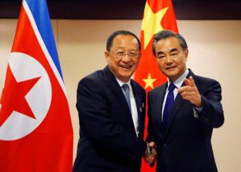 Pionyang ratifica su compromiso con la desnuclearización de península coreana