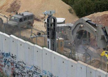 Israel irritado por el fracaso de su campaña publicitaria con respecto a los túneles de Hezbolá