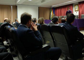 Decenas de universitarios denuncian con UNI Laica las misas en honor de la Inmaculada de las Facultades de Farmacia de Sevilla y Granada