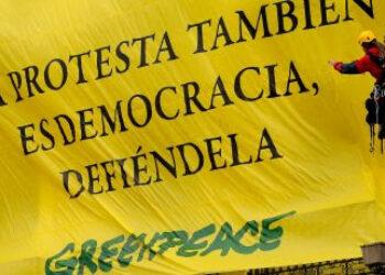 Greenpeace anima al Gobierno a que en 2019 priorice el respeto a los derechos y libertades y ponga fin a la ley mordaza