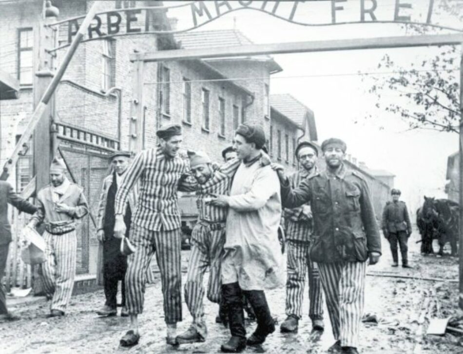 Se conmemora el 74 aniversario de la liberación de Auschwitz