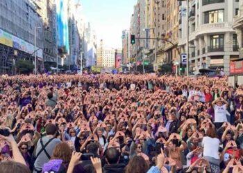 """139 organizaciones feministas llaman a las madrileñas a llenar la Puerta del Sol reivindicando que """"nuestros derechos no se negocian"""" y que no se va a permitir """"ni un paso atrás en igualdad"""""""