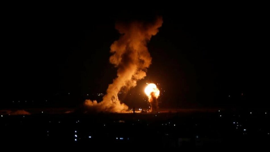 Israel bombardea de nuevo la asediada Franja de Gaza