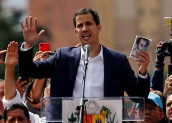 Guaidó se autojuramenta presidente de Venezuela y Trump lo reconoce. ¿Y ahora qué?