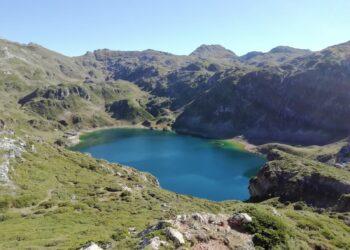 Solicitamos la restauración ambiental de los lagos de Somiedo y sus canales