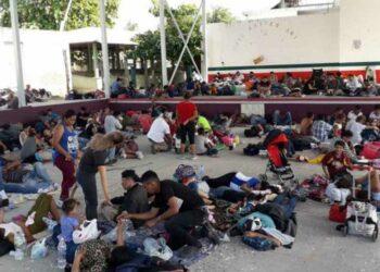 Nueva caravana de migrantes centroamericanos llega a Oaxaca, México