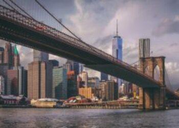 El estado de Nueva York prohíbe las «terapias» de conversión de la orientación sexual o la identidad de género en menores de edad