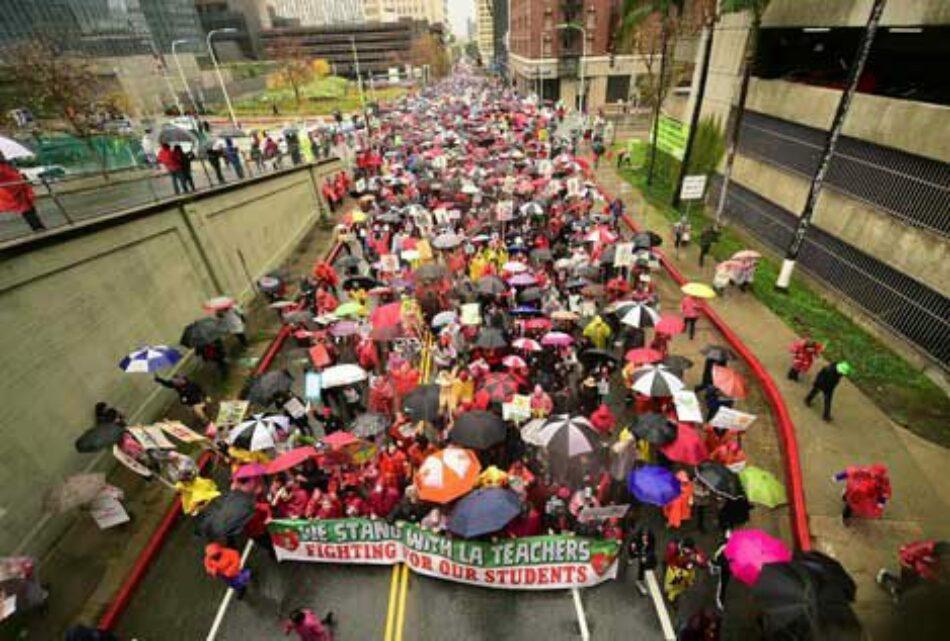 Estados Unidos: Van a la huelga 30 mil maestr@s en Los Ángeles