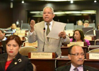 "Diputado Rafael Méndez: ""Debemos estar atentos ante pretensiones de desestabilización en América Latina"""