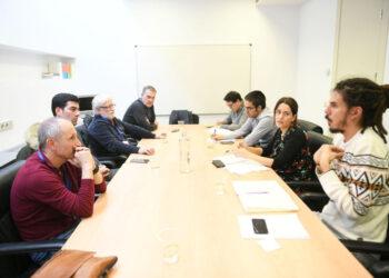 Unidos Podemos se reúne con los trabajadores de la central de Endesa de Compostilla II