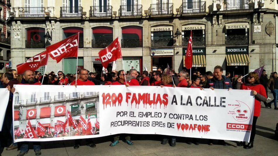 Los trabajadores de Vodafone se manifiestan en Madrid contra el ERE