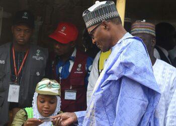 Arrancan unas tensas elecciones presidenciales en Nigeria con un elevado riesgo de estallido de violencia