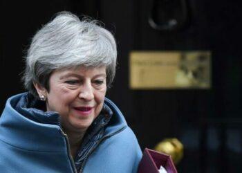 Theresa May abre la puerta a retrasar la salida de la UE
