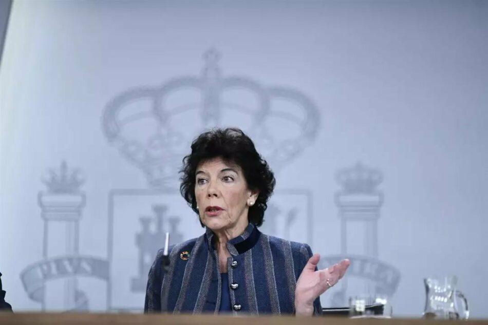 """IU busca que Celaá explique en el Congreso """"los motivos del retraso en la tramitación de las becas generales de este curso para los estudios postobligatorios"""""""