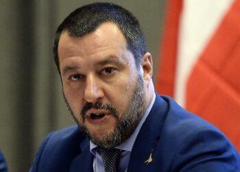 Consulta en Italia sobre proceso contra ministro del Interior