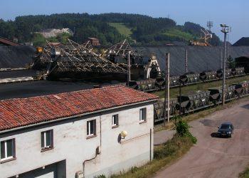 Ecologistas asturianos valoran como insuficiente las medidas propuestas para el parque de carbones de Aboño