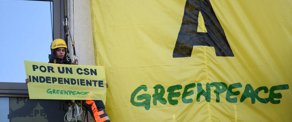 Greenpeace denuncia el intento del presidente del CSN de usurpar las funciones del Parlamento