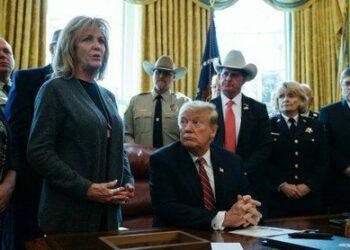 Trump usa su primer veto presidencial para desbloquear construcción del muro fronterizo