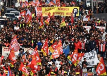 Decenas de miles de trabajadores toman las calles de Francia contra las políticas neoliberales de Macron