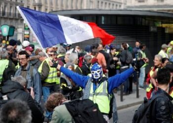 Francia: Fuerte represión policial en marcha número 20 de los chalecos amarillos