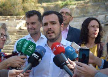 """Alberto Garzón reconoce en Málaga la """"satisfacción"""" y su """"especial ilusión"""" para encabezar la candidatura de esta provincia para el 28A cuando las bases de IU ratifiquen el preacuerdo electoral"""