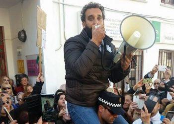 El popular médico «Spiriman» confabuló con el PP andaluz y ahora desvela los mensajes intercambiados con Moreno Bonilla