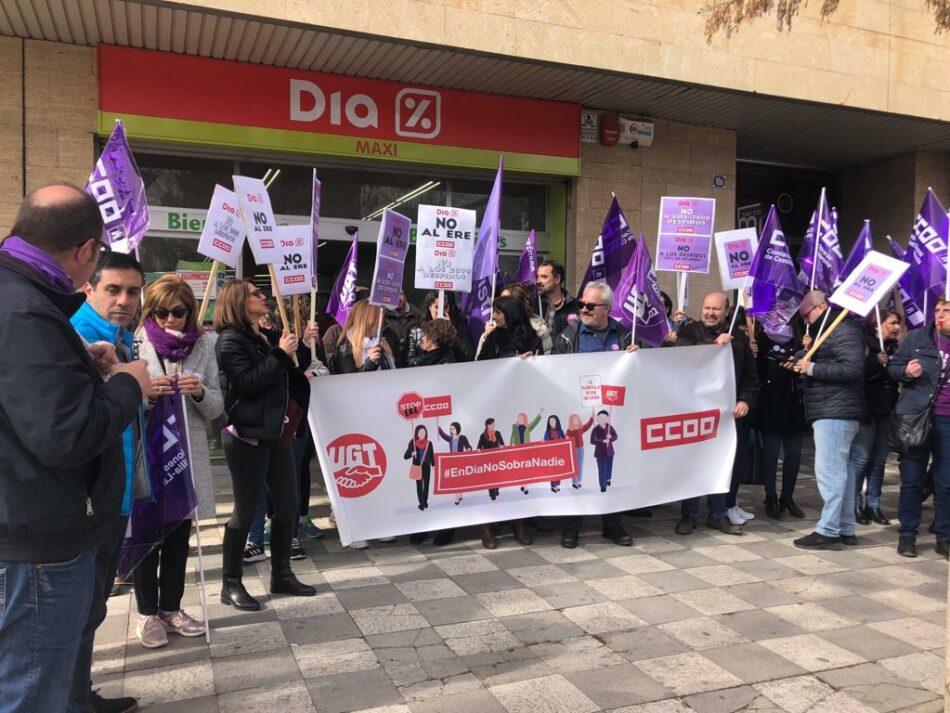 El PCE de El Bierzo denuncia el ERE y cierres de supermercados Día y exige medidas a gobierno y Junta