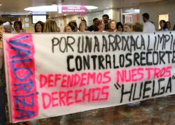 """El personal del servicio de limpieza Hospital Virgen de La Arrixaca de Murcia comenzará un calendario de """"parones"""" a partir del lunes"""