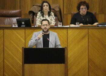 Adelante Andalucía lamenta la complicidad de PP, Cs y VOX con los excesos de la banca, «los limpiabotas de los banqueros»