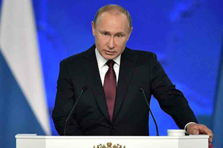 Putin: Salida de EE.UU. de tratado nuclear amenaza desarme mundial